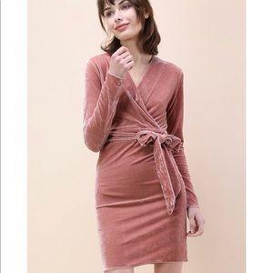 Chicwish Blush Velvet V-neck Long-Sleeved Dress